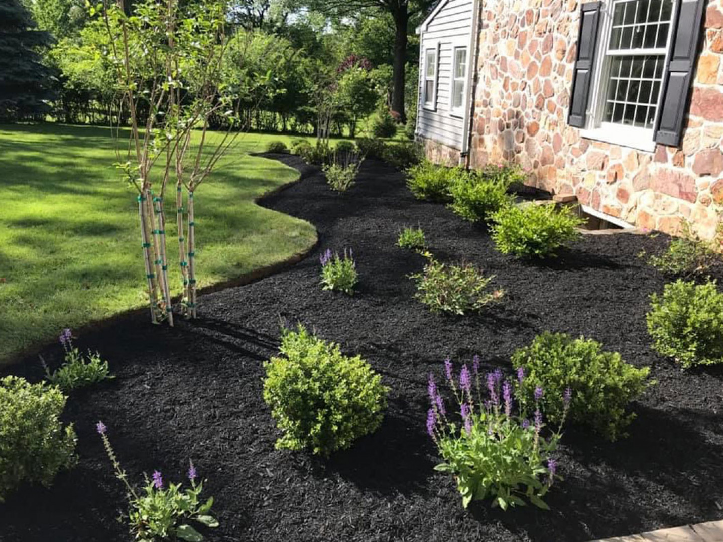 Freshen Up Your Mulch Beds